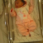 Gente essa é minha princesinha Maria Luiza que nasceu dia 14/6 detalhe, ela nasceu exatamente na data prevista, meu parto foi normal, já me sinto ótima, graças a Deus deu tudo certo!!