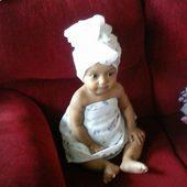#Partiu fazer hidratação nos cabelos kkkk. Minha lindinha Maria Luiza.