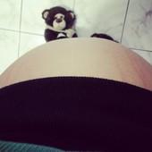27 semanas! Lais já sumiu com o pé da mamãe *-*